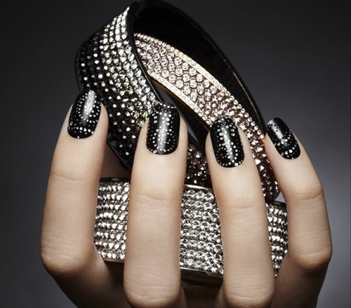Black Ligth New Nail Trends 2013