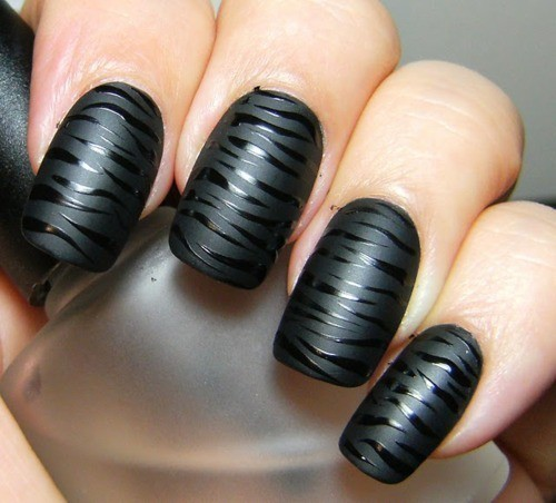 black fancy nails