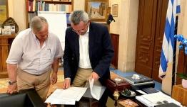 Συνάντηση εργασίας του Περιφερειάρχη Νοτίου Αιγαίου, Γιώργου Χατζημάρκου, με το νεοεκλεγέντα Δήμαρχο Καλύμνου, Δημήτρη Διακομιχάλη