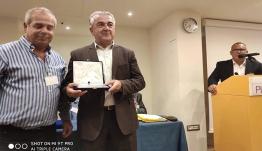 Τιμήθηκε η Περιφέρεια από την Ομοσπονδία Αυτοκινητιστών Αγοραίων Ταξί
