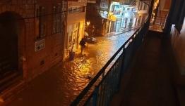 Καταιγίδες «σαρώνουν» την Λέσβο - ΒΙΝΤΕΟ