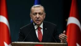 Η θηλιά της οικονομίας σφίγγει γύρω από το λαιμό του Ερντογάν κι αυτό τον κάνει επικίνδυνο