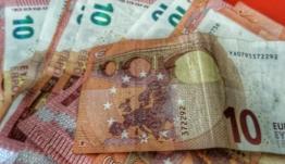 Συντάξεις: Αναδρομικά και για την εισφορά αλληλεγγύης σε 600.000 συνταξιούχους – Πίνακας με τα ποσά