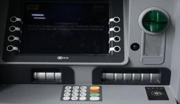 Αναλήψεις μετρητών από ATM: Δυσάρεστες εκπλήξεις από Δευτέρα για τους καταναλωτές