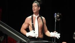 Ο ηθοποιός Θεοχάρης Ιωαννίδης έρχεται στις «8 λέξεις» του ΣΚΑΪ