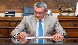 Υπεγράφη η σύμβαση με τον ανάδοχο για τον ηλεκτροφωτισμό του Γηπέδου Πηγαδίων Καρπάθου