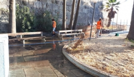 Δήμος Κω: Πλύσιμο οδοστρώματος, πεζοδρομίων και κάδων στην πόλη της Κω