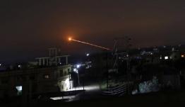 Ισραηλινές βόμβες στη Συρία και ιρανικοί πύραυλοι και απειλές