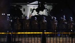 Σε τεντωμένο σχοινί η κατάσταση στις ΗΠΑ: 1.600 στρατιώτες μεταφέρθηκαν στην Ουάσινγκτον