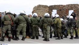 Μυτιλήνη: Στον εισαγγελέα κάτοικος της Λέσβου για εισβολή στα δωμάτια ανδρών των ΜΑΤ