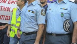 Οργή αστυνομικών για τις επιθέσεις και τις δηλώσεις Παπακώστα [βίντεο]