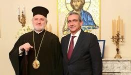 Στον Σεβασμιότατο Αρχιεπίσκοπο Αμερικής κ. Ελπιδοφόρο, ο Περιφερειάρχης Νοτίου Αιγαίου