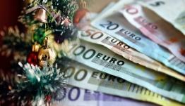 Δώρο Χριστουγέννων ΟΑΕΔ: Ξεκινούν οι πληρωμές - Πότε καταβάλλονται τα επιδόματα