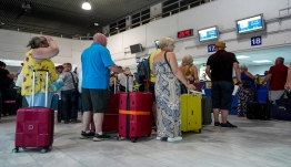 Thomas Cook: «Η κατάρρευση έφερε ντόμινο στον ελληνικό τουρισμό»
