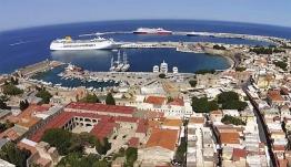 Τρία νέα καράβια προστίθενται στο στόλο που εκτελεί τα δρομολόγια από Ρόδο προς Σύμη και Τουρκία