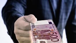 Επιστροφές φόρων 5,36 δισ. ευρώ το 2018!