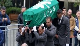 Θανάσης Γιαννακόπουλος: Τελευταίο «αντίο» με τη σημαία του ΠΑΟ στο φέρετρο