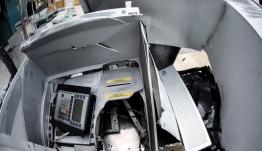 Ανατίναξαν ΑΤΜ στα Βριλήσσια - Πληροφορίες ότι πήραν 50.000 ευρώ