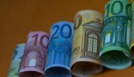 Προσοχή σας αφορά: Τι πρέπει να κάνετε εάν χάσετε την προθεσμία για τα 800 ευρώ