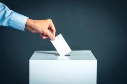 Capital Economics: Πολύ πιθανό σενάριο οι πρόωρες εκλογές