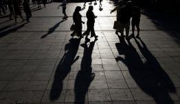 Κοινωνικό μέρισμα: Ανοικτά τα ενδεχόμενα για το ποιος θα το πάρει - Σε ποιους σχεδιάζει η κυβέρνηση να το δώσει