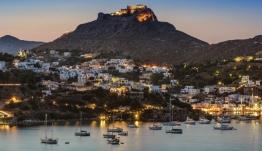 Λέρος: Την προσθήκη ακτοπλοϊκού δρομολογίου το καλοκαίρι ανακοίνωσε ο Ν. Μηταράκης