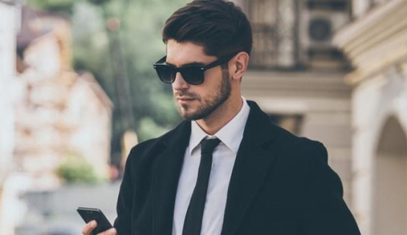 εργασιομανείς άντρες γνωριμίες