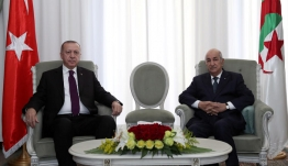 Ξαφνική στροφή Ερντογάν: Θέλουμε ειρηνική λύση στη Λιβύη