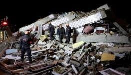 Σεισμός στην Τουρκία: Βγήκαν ζωντανοί από τα συντρίμμια [Video]