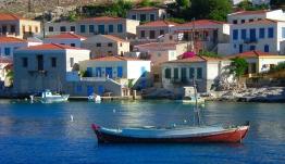 Εκκληση από τα νησιά μας: Αφήστε μας στην καραντίνα και στην ασφάλειά μας-Τι λένε οι Δήμαρχοι Χάλκης & Καστελορίζου