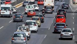 Κίνητρα για την αγορά «καθαρών» αυτοκινήτων σχεδιάζει η κυβέρνηση