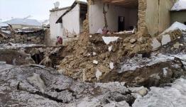 Σεισμός στην Τουρκία: Νεκροί και εγκλωβισμένοι στη Βαν