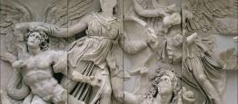 Επιστρέφει μετά από δύο αιώνες: Ο Μακρόν στέλνει τη μετόπη του Παρθενώνα για τα 200 χρόνια από την Ελληνική Επανάσταση