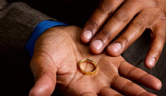 βγαίνω με έναν παντρεμένο, αλλά χωρισμένο άντρα. ραντεβού με τον Κλίβελαντ Οχάιο