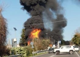 Ιταλία: Φοβερή έκρηξη σε πρατήριο βενζίνης – Δύο νεκροί