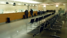 Το σχέδιο για τις τράπεζες ζητά επιτακτικά η τρόικα την ώρα που τιμές των μετοχών τους καταρρέουν