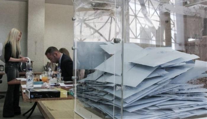 Δημοσκόπηση Pulse: Ικανοποιημένος και 1 στους 3 ψηφοφόρους του ΣΥΡΙΖΑ από την κυβέρνηση